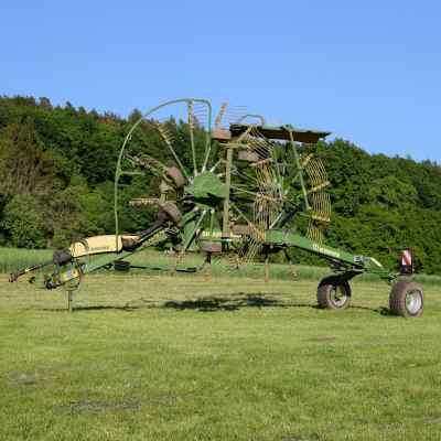 Grassland machines