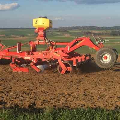 Bodenbearbeitungsgeräte